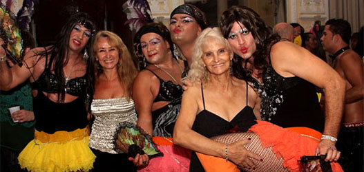 Baile foto gala gay