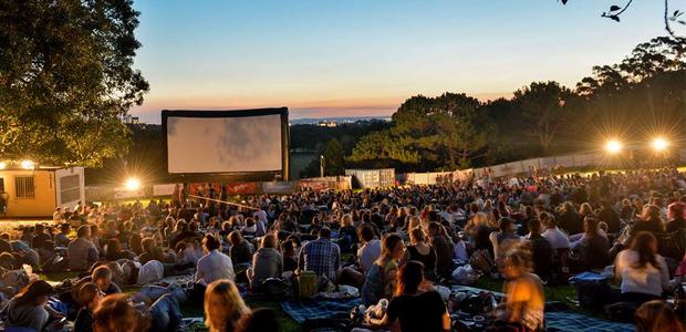 Saiba onde assistir cinema ao ar livre em s o paulo obaoba for Victoria gardens movie theater