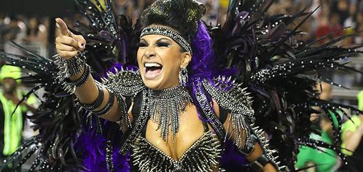rainha de bateria da mocidade alegre no carnaval de 2014 Aline Oliveira
