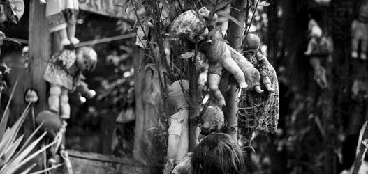 lugar assustador: ilha das bonecas no méxico